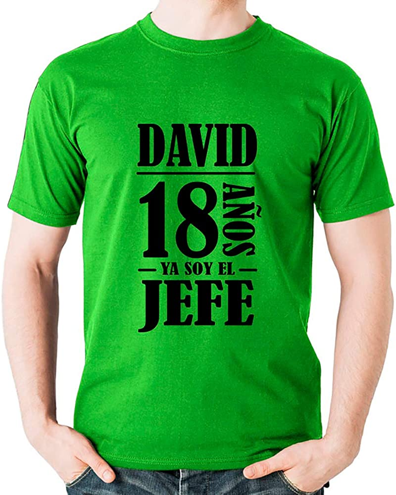 Calledelregalo Regalo Personalizado para el 18 cumpleaños de un Hombre: Camiseta Personalizada con su Nombre y Edad (Amarillo): Amazon.es: Ropa y accesorios