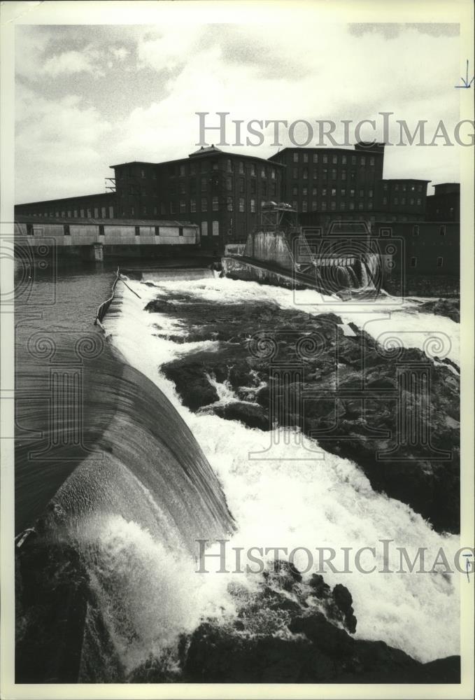 Amazon com: Vintage Photos 1980 Press Photo Saco River, sweeps over
