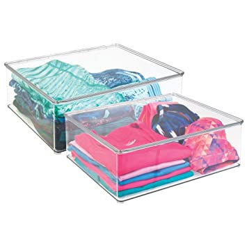 mDesign Juego de 4 cajas apilables de plástico - Prácticas cajas para guardar ropa - Cajas de almacenamiento con tapa para el armario - transparente: ...