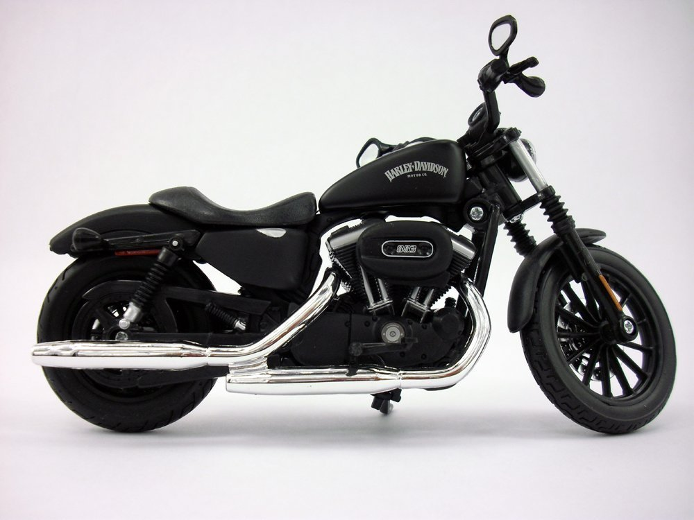 Harley Davidson Iron 833 >> Amazon Com Harley Davidson Sportster Iron 883 1 12 Scale