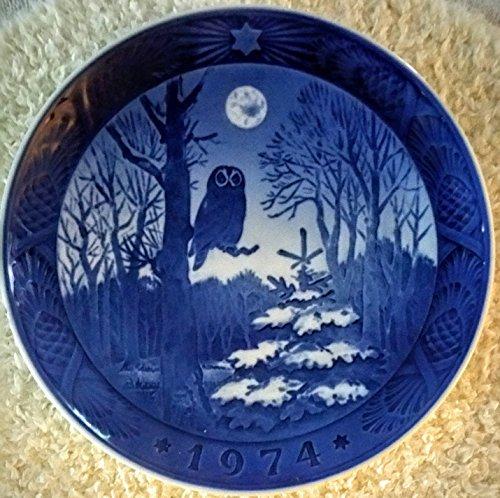 (1974 Royal Copenhagen Christmas Plate - Winter Twilight (Owl))