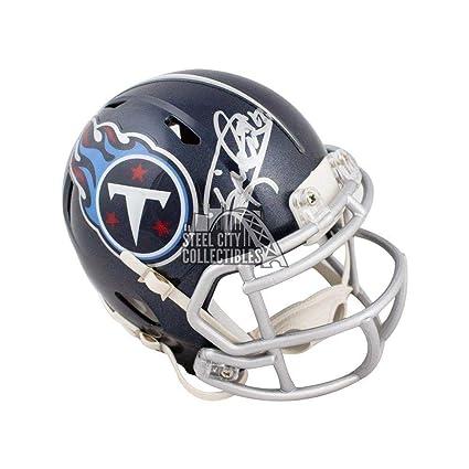 Derrick Henry Signed Helmet - Speed Mini COA - JSA Certified - Autographed  NFL Mini Helmets 5cdf58a51