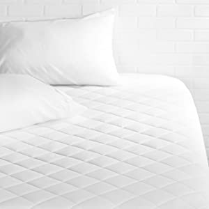 "AmazonBasics Hypoallergenic Quilted Mattress Pad, 18"" Deep, King"