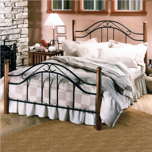 Hillsdale Furniture 164BFR Winsloh Bed Set with Rails, Full, Black
