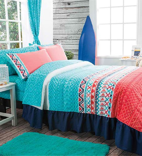 NEW Trendy Bedspread Set and Sheet Set (Twin)