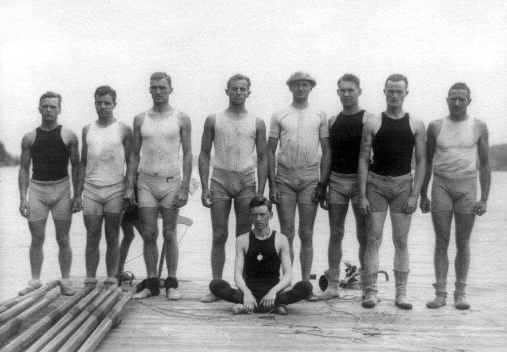 University of Pennsylvania Rowingチーム写真 36 x 54 Giclee Print LANT-3998-36x54 B01M3TBWWX  36 x 54 Giclee Print
