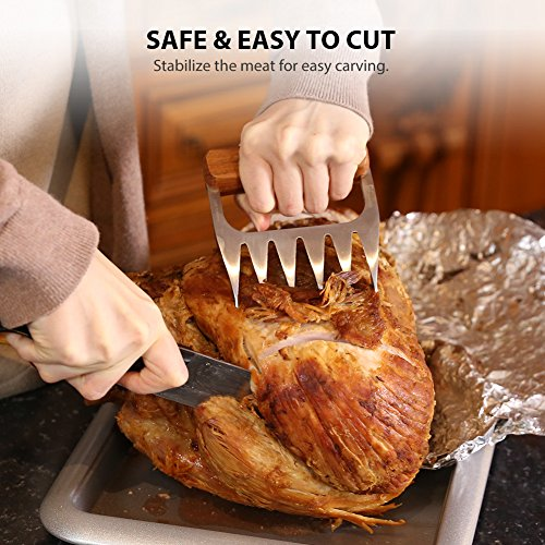Metal claws to easily shred meat