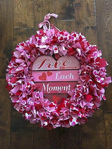 Amazon Com Love Each Moment Valentines Day Wreath Handmade