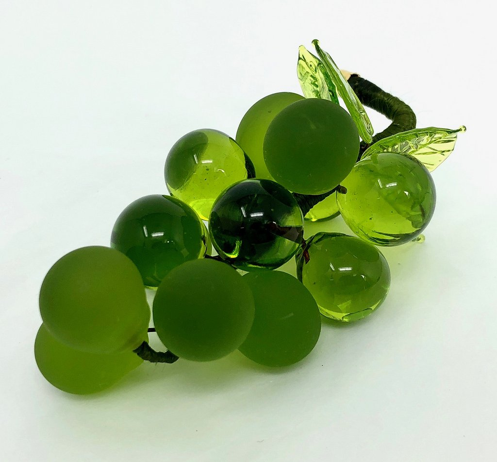 Gorgeous, Heavy, Glass Grapes, Imported Glass from Murano, Italy 4 Sizes 8 Colors (Green, Medium)