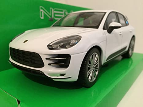 Porsche Macan Turbo, white, Model Car, Ready-made, Welly 1: