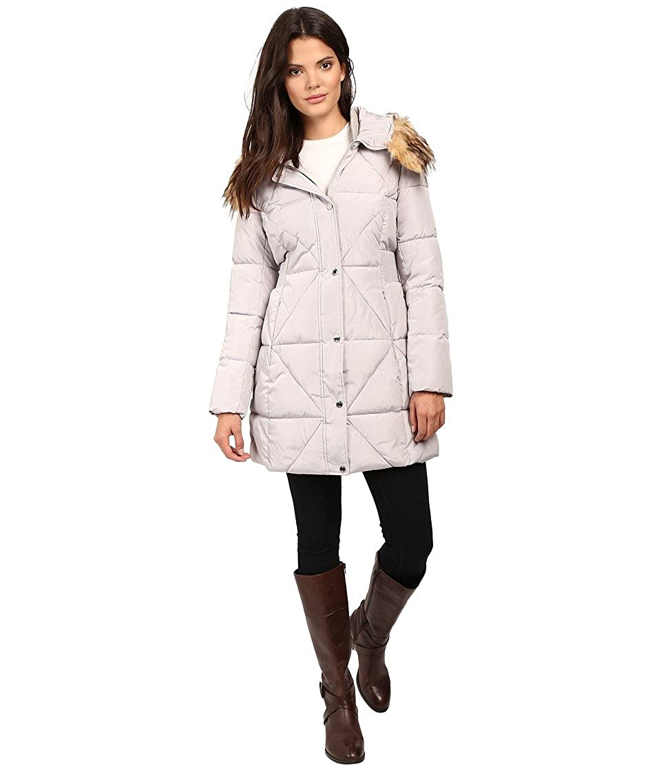 Jessica Simpson womens Puffer With Faux Fur Collar Jessica Simpson Outerwear JOHMP413