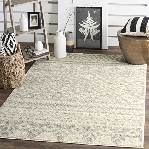 Safavieh Adirondack Collection ADR107B Ivory and Silver Rustic Bohemian Area Rug 4 x 6