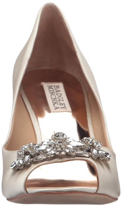 c5c0e17a47c Amazon.com  Badgley Mischka Women s Dara Wedge Sandal  Shoes