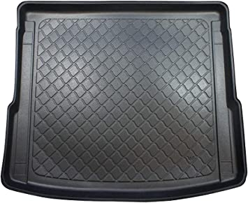 cod additional description: incl MTM Boot Liner Q5 II 7239 models with rails from 01.2017- Tailored Trunk Mat with Antislip FY