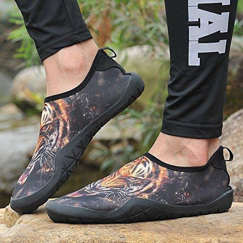 UNN Männer Barfuß Quick-Dry Aqua Flexible Socken Slip On Water Schuhe mit Entwässerung Loch Orange