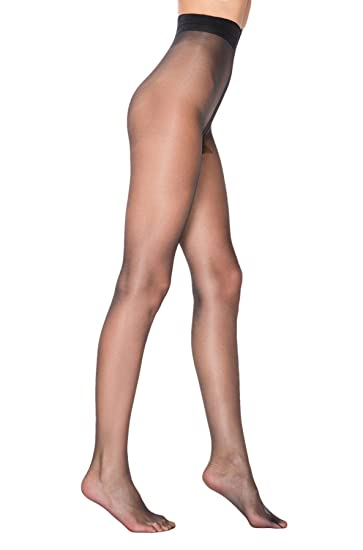 Filipina nude on beah