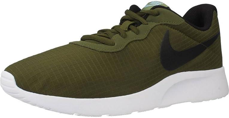 Bienes máquina de coser Perth  Amazon.com: Nike Tanjun Premium, Verde: Shoes