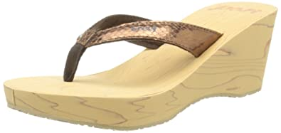 e09756d1cdd Reef Women s REEFWOOD II Wedge Sandal Bronze Snake 7 M US