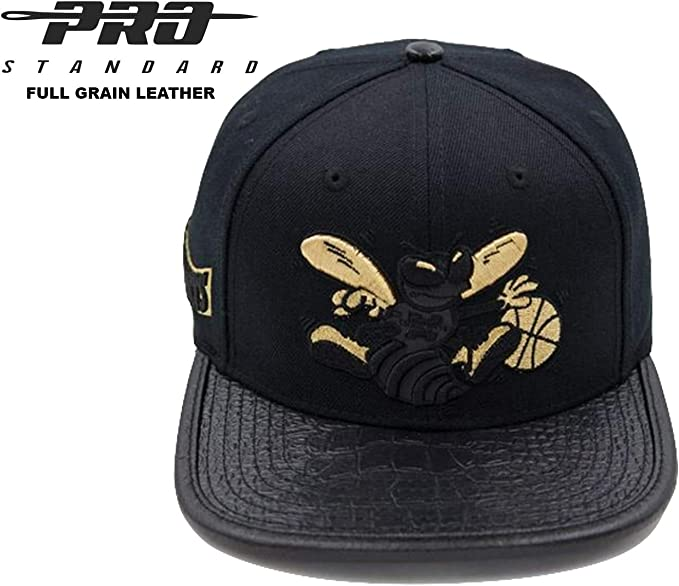 premium selection cheapest price new appearance Amazon.com : Pro Standard Charlotte Hornets 3M Reflective Black ...