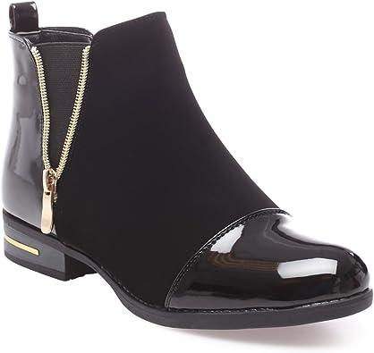La Modeuse Boots bi matière en smilicuir avec empiècements Vernis au Niveau du Talon et du Bout Arrondi