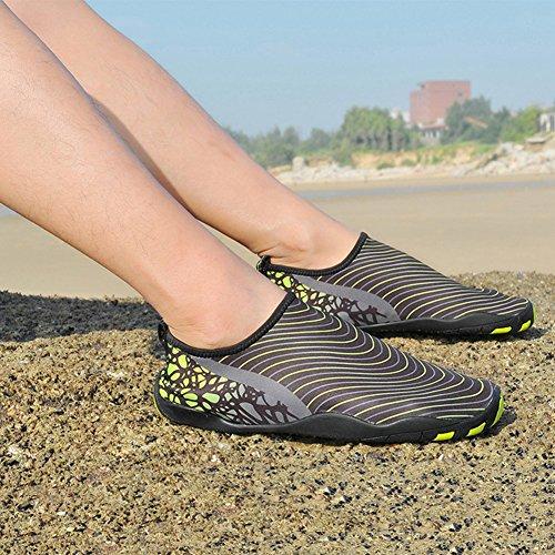 Bambini Adulti Pull-on Pelle Quick-dry Sport Acquatici Aqua Scarpe Calze Outdoor Sneaker Holey Ventilazione Kpu Suola Nera E Verde