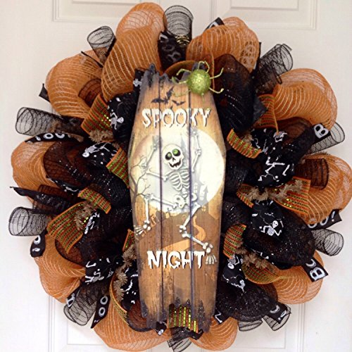 Spooky Night Dancing Skeleton Halloween Wreath