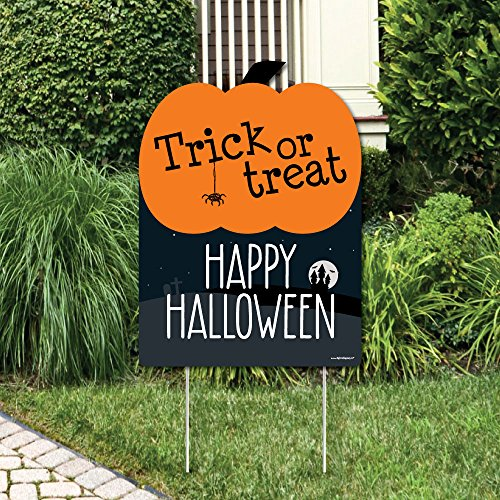 Big Dot of Happiness Trick or Treat - Outdoor Halloween Decorations - Happy Halloween Yard Sign - Welcome Yard Sign]()