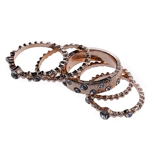 1747e2b8b1fb53 Amazon.com: Muranba Wedding Party Engagement Ring Rose Gold Stackable Ring  5 pcs Rings Set: Clothing