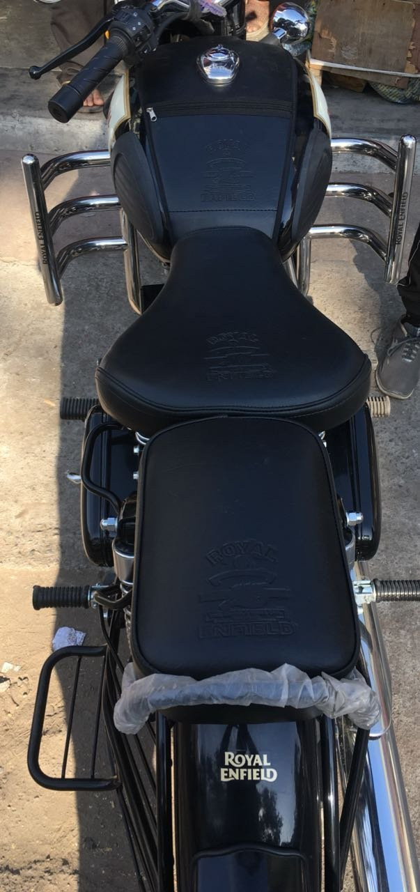 Sahara Royal Enfield/Classic 350/500/Black Seat Cover/Black Tank Cover with logo…