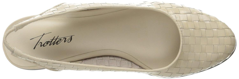 Trotters Women's Lucy Ballet Flat B01HMY7X7O 10 B(M) US|Bone