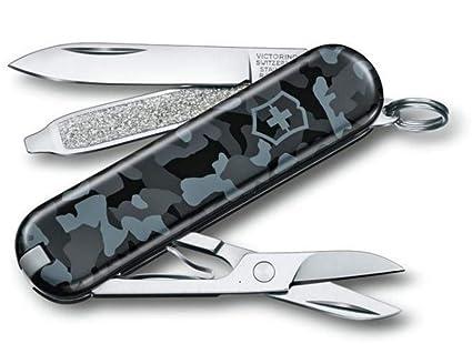 Amazon.com: Victorinox Classic Navy Camouflage - Cuchillo de ...