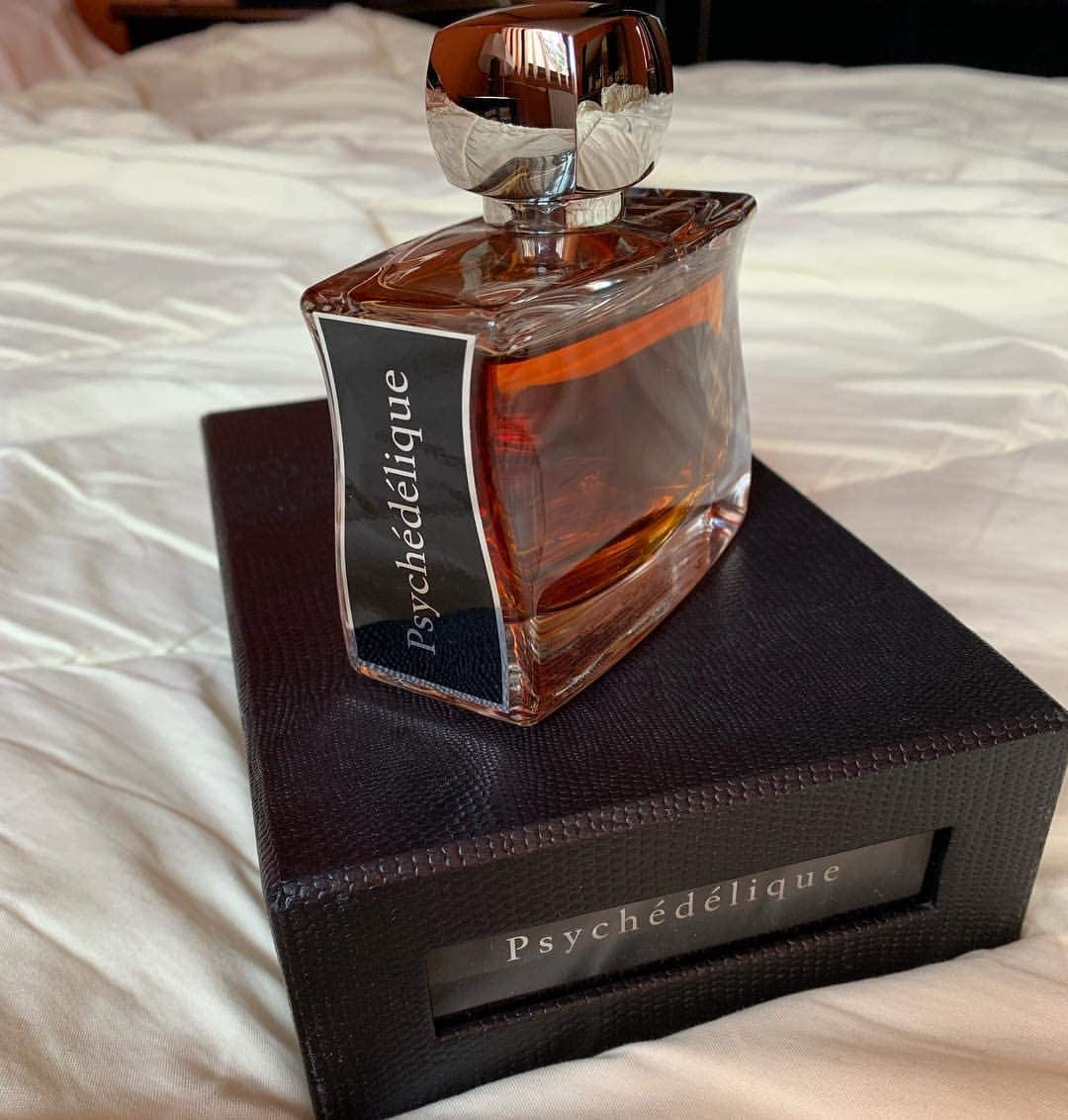 Luxury Authentic JOVOY Psychedelique EDP 50ml Made in France + 3 Niche Samples / 本物の贅沢 喜び サイケデリック EDP 50mlフランス製+ 3ニッチサンプル