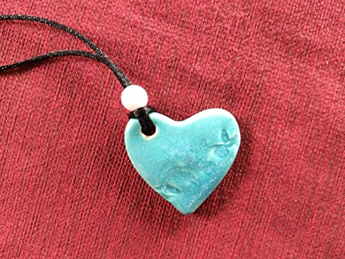 (Ceramic pendant necklace, turquoise heart with pearlized)