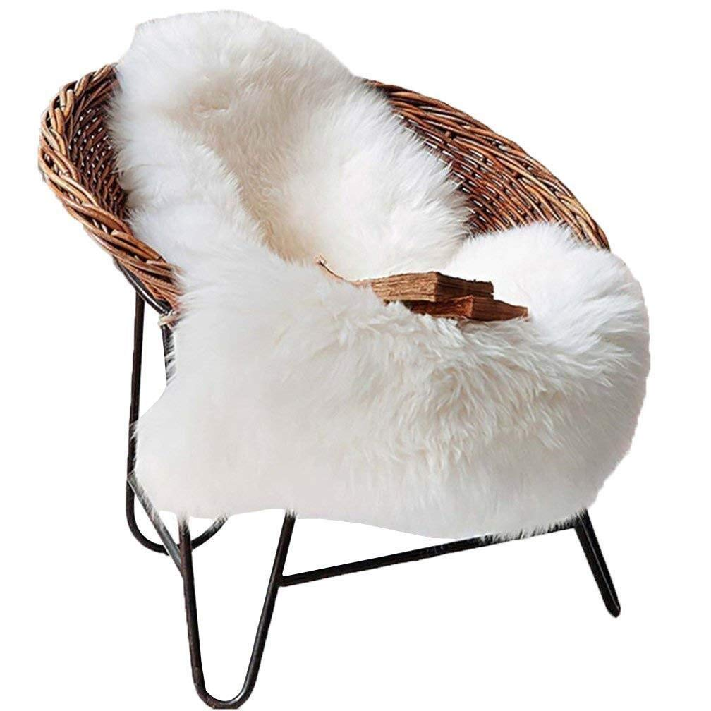 YouLoveHome 60 x 90 cm Faux Fur Sheepskin Rug Soft Fluffy Shaggy Area Rugs Faux Fleece Chair Seat Pad Rug Pads (White) YLH1688