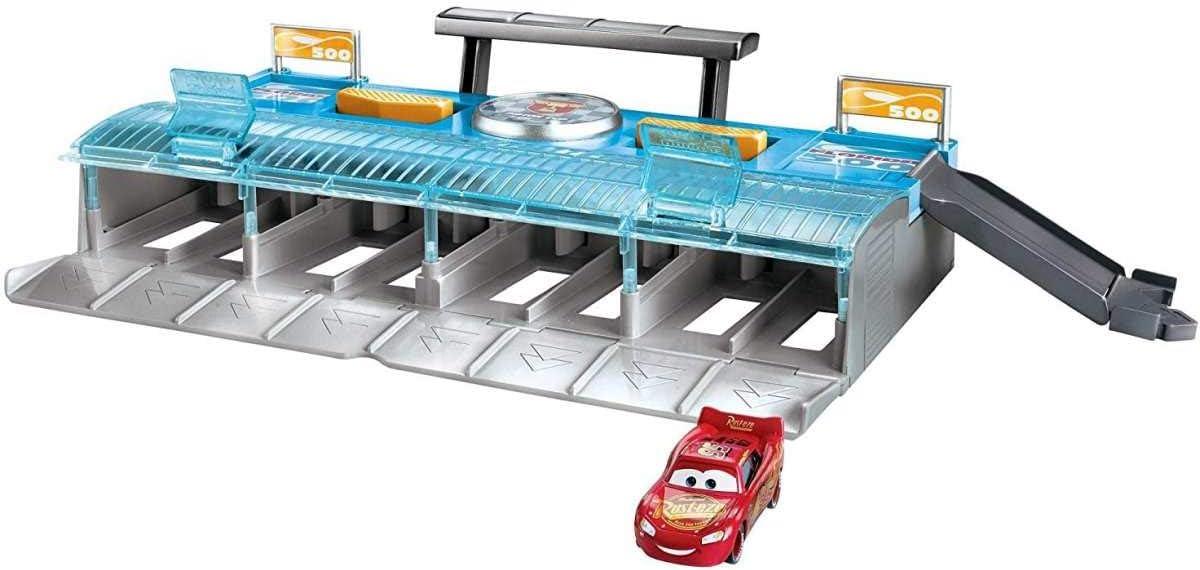Disney Cars 3 - Megalanzadora de carreras - coches juguetes (Mattel FLK 12)