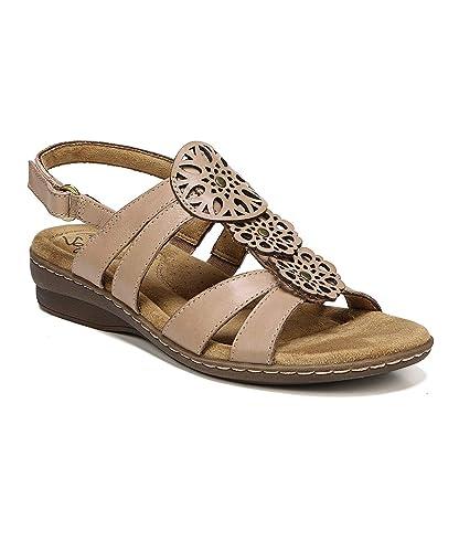 b3753b07cd27 Amazon.com  Natural Soul Women s BEV Flat Sandal  Shoes