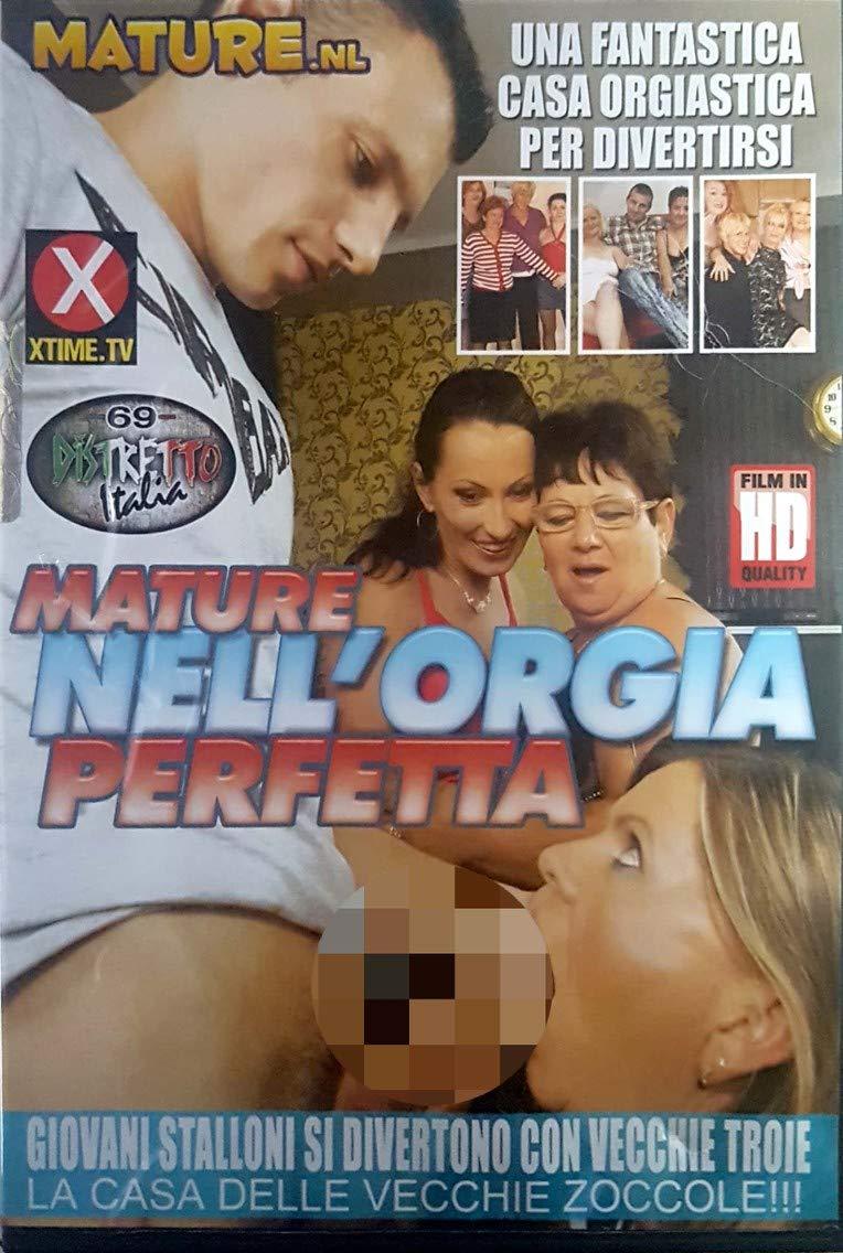 uprawiał seks analny