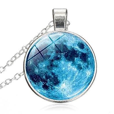 ccae4f63faa666 Amazon.com: LEO BON Blue Planet Nebula Universe Vintage Round ...