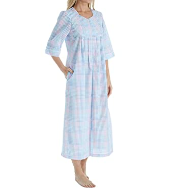 finest fabrics various design cute cheap Miss Elaine Women's Plaid Seersucker Long Zippe Robe