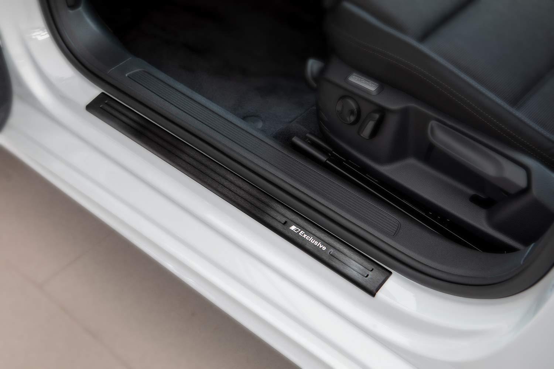 Tuning-Art EX128 Edelstahl Einstiegsleisten Set Farbe:schwarz matt