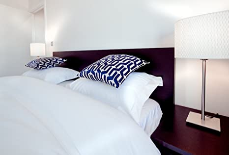 A London Brand 200 Thread Count White Fitted Bed Sheets