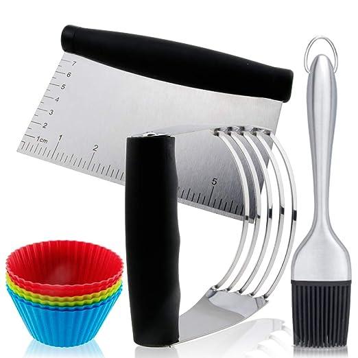 Juego de cortadores de pastelería: raspador de pasteles, licuadora ...