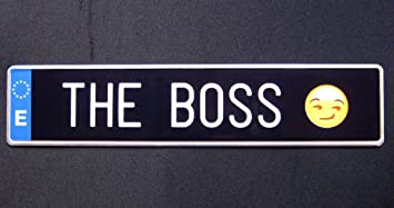 Matrícula THE BOSS (réplica matrícula negra españa 52 x 11 cm): Amazon.es: Juguetes y juegos