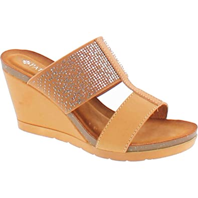 9befd4e21b40 PATRIZIA by Spring Step Women s Patna Wedge Sandals