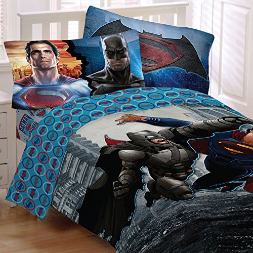 Batman Vs Superman World's Finest Reversible Twin/Full Comforter and Full Sheet (Superman Full Comforter)