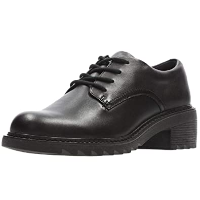 87d114467e0 Clarks Frankie Grove Girls Chunky Sole Lace Up School Shoes  Amazon.co.uk   Shoes   Bags