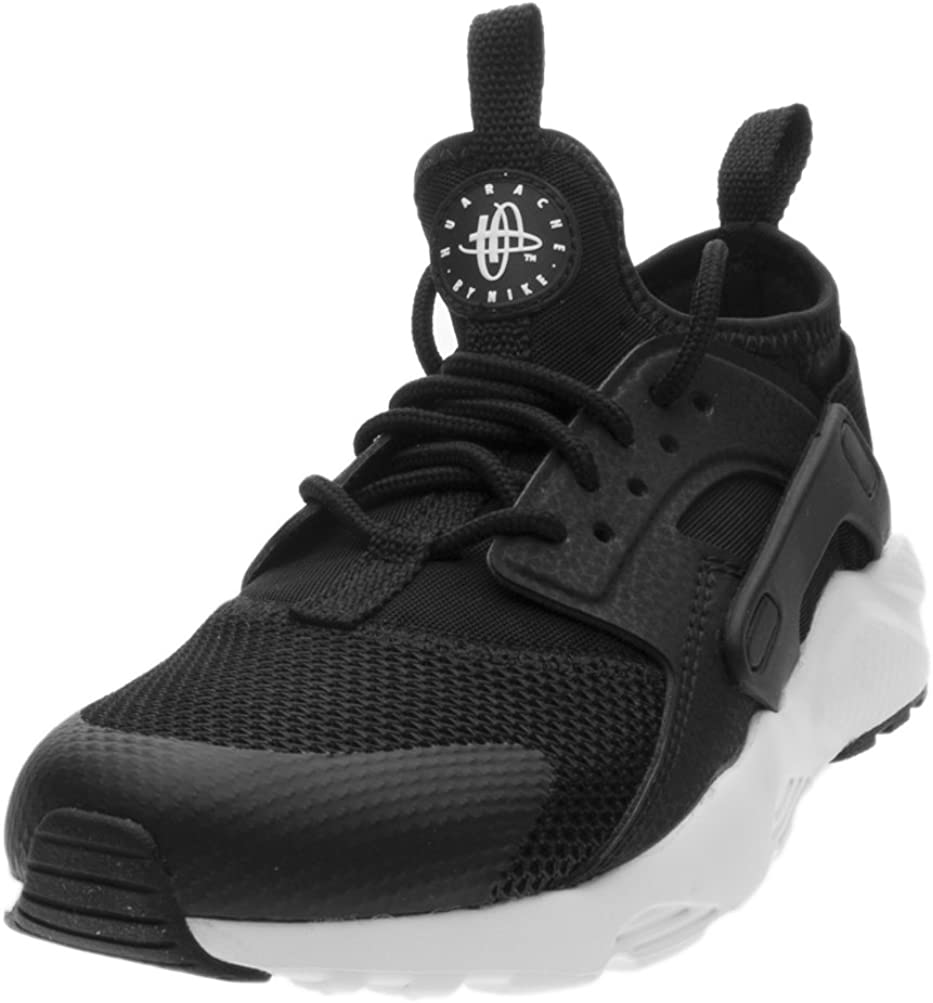 escarcha Personificación Exclusivo  Amazon.com | Nike Huarache Run Ultra Little Kids' Shoes Black/White  859593-002 (11 M US) | Sneakers
