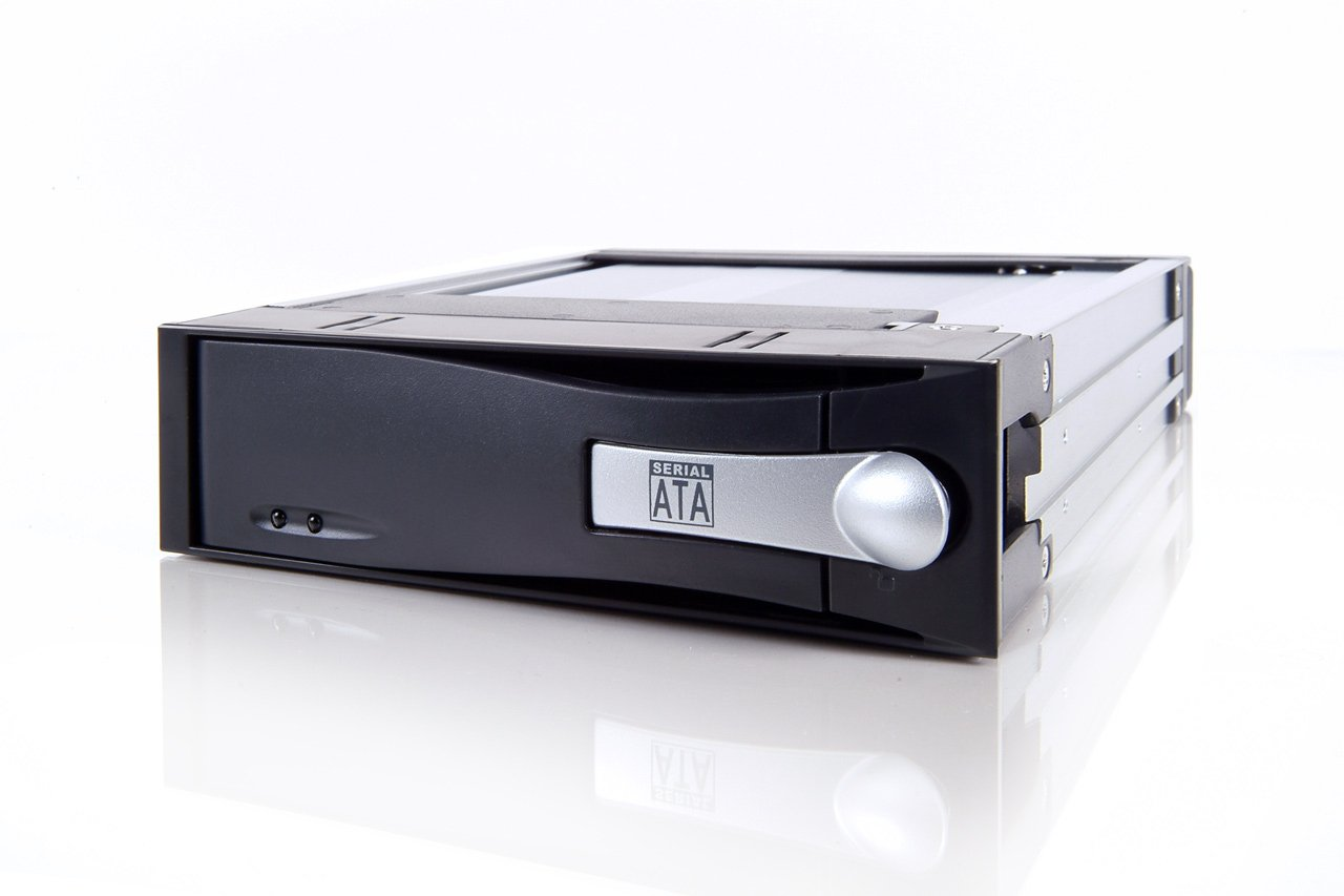ICY DOCK Compact size internal 5.25'' mount SATA 3.5'' HDD Enclosure
