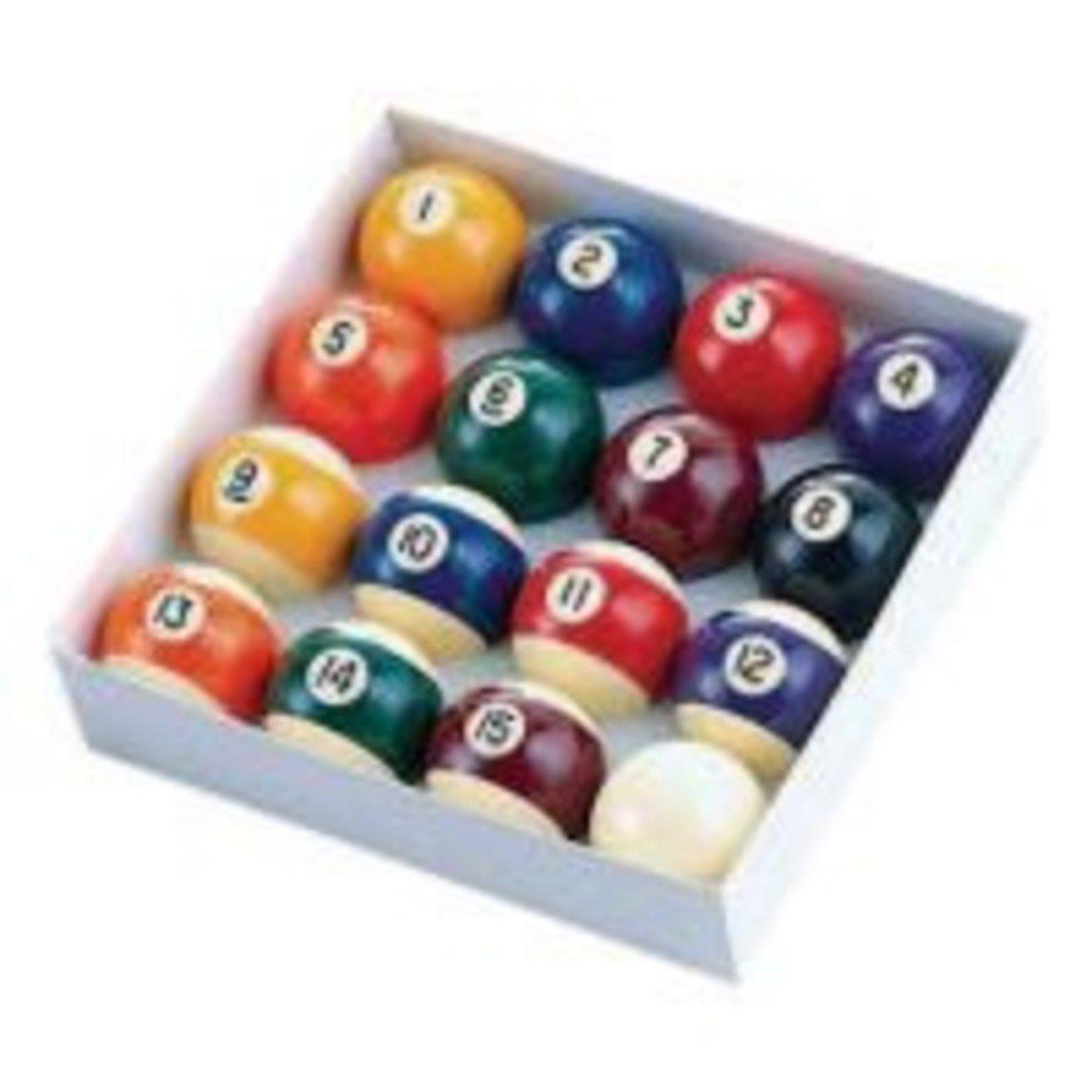 Regulation Billiard Ball Set of 16