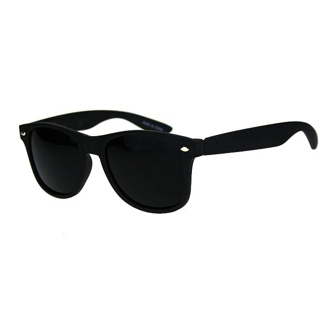 Amazon.com: Gafas de sol de plástico con lentes negras de ...